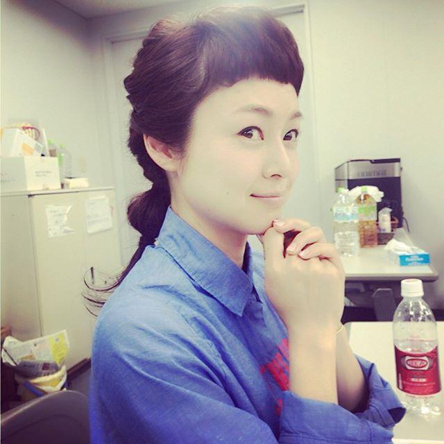 今日のえもりえさん♡#髪型が素敵#編み込みアレンジ #どうなってるの?#ヘアアレンジ#可愛すぎる#見えないオシャレ#ももち浜ストア #えもとりえ #えもりえさん