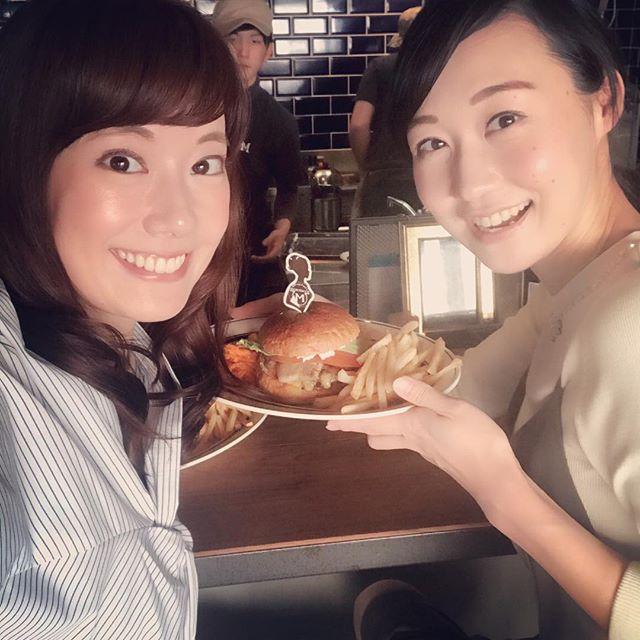 内堀富美さんのハンバーガー♡#こんな感じだよ!#ベーコンは自家製#パテはもちろん#バンズも美味しい#malibu#久留米#ハンバーガー