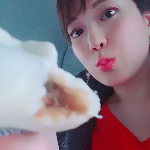 ミニストップのプルコギまん!#美味い #中華まん #コンビニ#中華まんの季節#中華まん大好き#プルコギまん#あんまんも食べました#ミニストップ #幸せ #love