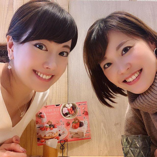 お正月の楽しみ♡それは、友に会えることです!東京と福岡、なかなか会えないけど、帰った時はちょっとでも時間をつくってくれる友人に感謝です(^-^)☆ みんなの近況報告や、今ハマっていることなど聞くのが、とても楽しかったです(o^^o)私も今年は、何か夢中になれることを見つけて、何かにハマる一年にしたいです(o^^o)#正月の楽しみ#友との再会#高校同級生#大学同級生#何かにハマりたいお年頃 #会えてないお友達にも会いたいよー#また会いましょう