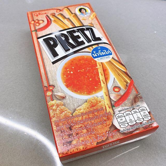 タイのお土産☆さすがプリッツ!何味か分からないけど美味し!!! #もらっちゃった#先輩ありがとうございます#タイ土産#pretz#プリッツ