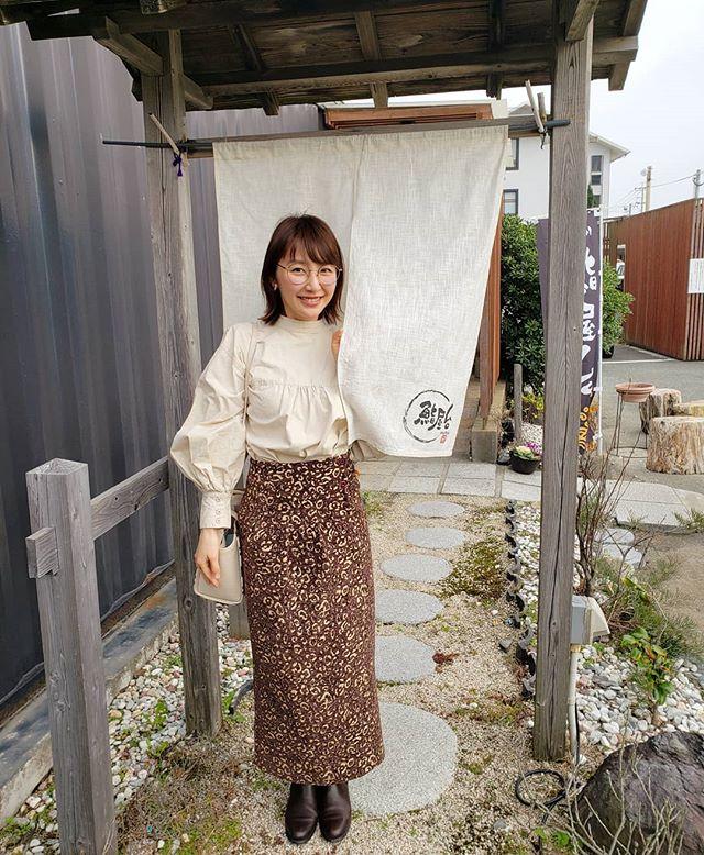 お寿司と景色が最高のお店見つけました🙄..#岡垣町#鮨屋台#カウンターから海が見えます#食べるのに夢中で#お寿司撮り忘れました#暖簾と満足の笑みを#現場からお届けしました